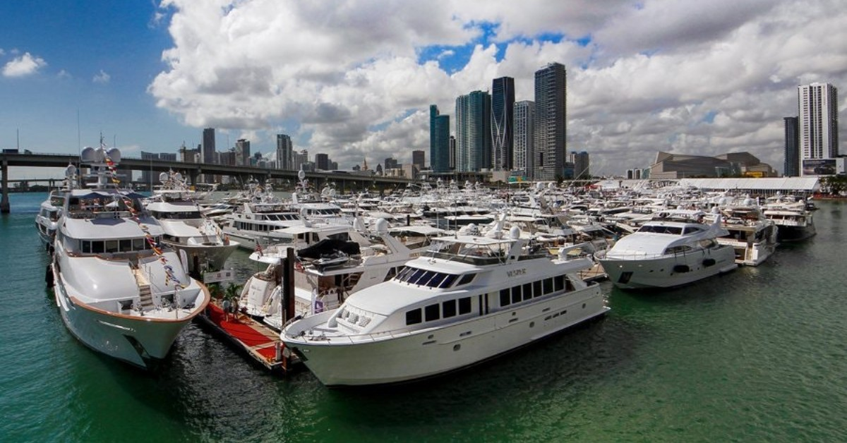 Miami Yacht Show docks